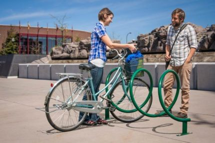 green bike rack