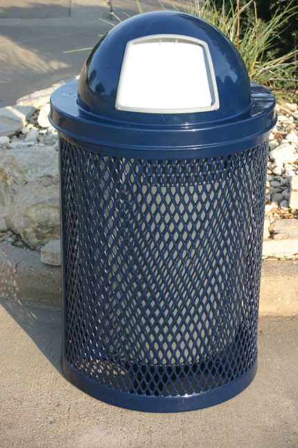blue metal trashcan with lid